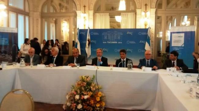 Manzur recibió al ministro de Modernización Ibarra